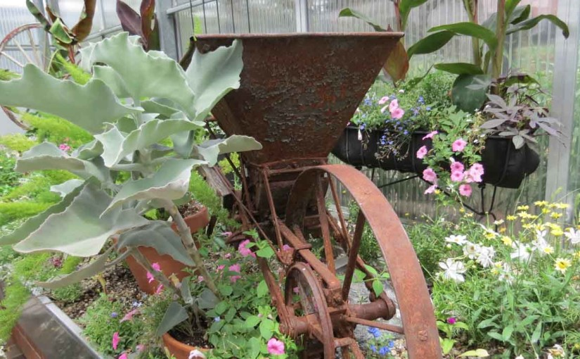 Landscaping Ideas with Antiques