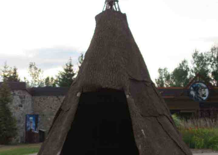 Huron Wood TeePee