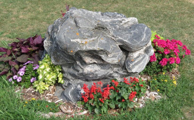 El diseño del paisaje con las rocas